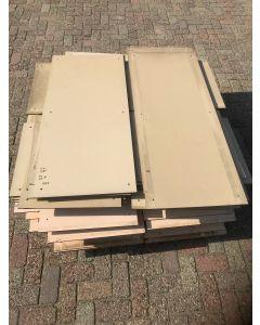 HPL / Trespa Plaat (Beige) ±110 x 50 cm - Dikte: 8 mm.